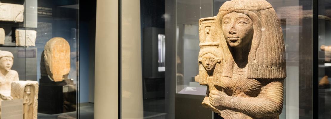 TÁRLATVEZETÉS   Az Egyiptomi Gyűjtemény remekművei