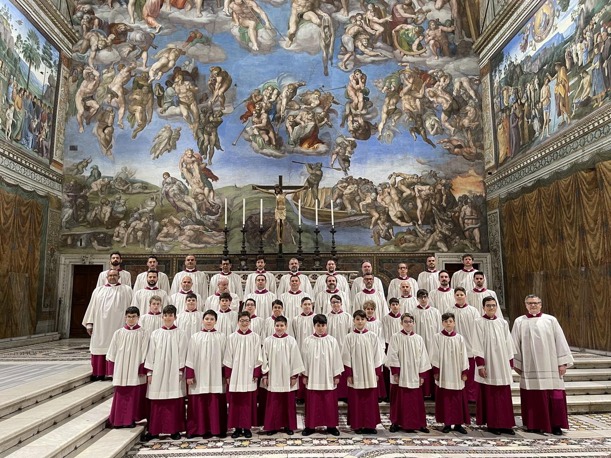 A vatikáni Sixtus-kápolna kórus koncertje